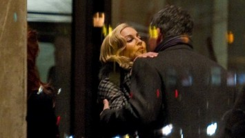 20110212-pictures-madonna-soho-house-berlin-02