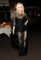 20110227-pictures-madonna-lourdes-oscar-after-party-graydon-carter-03