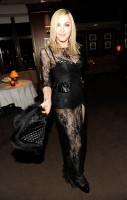 20110227-pictures-madonna-lourdes-oscar-after-party-graydon-carter-04