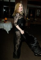 20110227-pictures-madonna-lourdes-oscar-after-party-graydon-carter-06