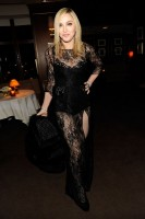 20110227-pictures-madonna-lourdes-oscar-after-party-graydon-carter-07