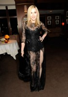 20110227-pictures-madonna-lourdes-oscar-after-party-graydon-carter-10