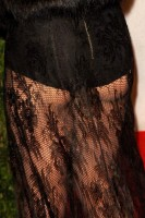 20110227-pictures-madonna-lourdes-oscar-after-party-graydon-carter-26