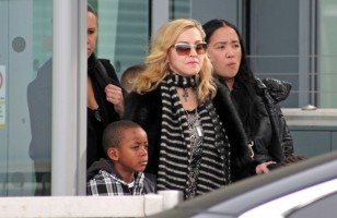 Madonna arriving at Heathrow airport, London (8)