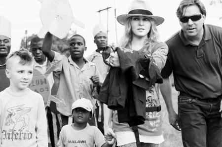 news-madonna-liz-rosenberg-malawi