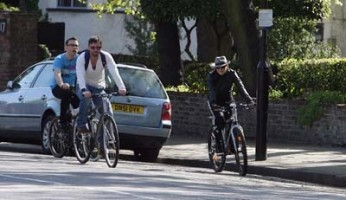 Madonna on her way to the Abbey Road Recording Studios, London (9)