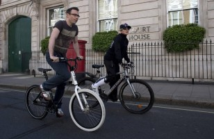 Madonna out and about in London - April 9th 2011 (3)