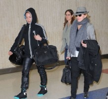 Madonna arriving at JFK airport, New York, April 12th 2011 (9)