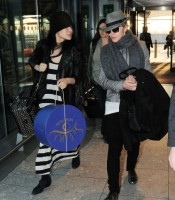 Madonna leaving London, Heathrow Airport, April 12th 2011 (8)