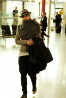 Madonna leaving London, Heathrow Airport, April 12th 2011 (19)