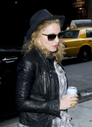 Madonna out and about, New York, April 25 2011 (6)