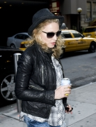 Madonna out and about, New York, April 25 2011 (7)