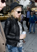 Madonna out and about, New York, April 25 2011 (8)