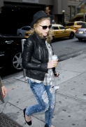 Madonna out and about, New York, April 25 2011 (10)