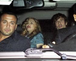 Madonna at the MET Costume Institute Gala, Alexander McQueen (8)