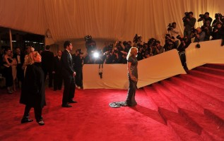 Madonna at the Alexander McQueen Savage Beauty Costume Institute Gala, New York (28)