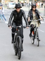 Madonna on bike in the streets of New York, May 6th 2011 (16)