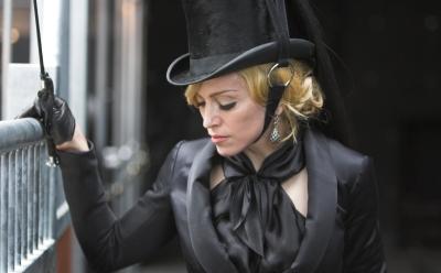 Madonna outtakes by Steven Klein, Annie Leibovitz, Guy Oseary, Tom Munro, Steven Meisel (15)