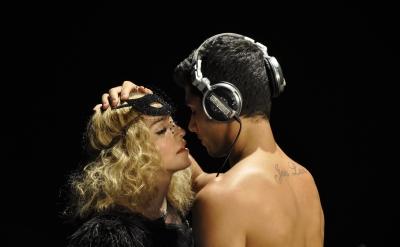 Madonna outtakes by Steven Klein, Annie Leibovitz, Guy Oseary, Tom Munro, Steven Meisel (37)
