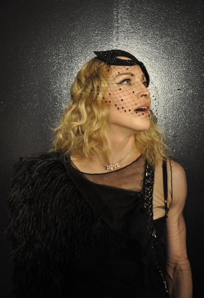 Madonna outtakes by Steven Klein, Annie Leibovitz, Guy Oseary, Tom Munro, Steven Meisel (38)