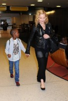 Madonna arrives at JFK airport New York - destination London (7)
