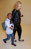 Madonna arrives at JFK airport New York - destination London (20)