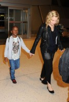 Madonna arrives at JFK airport New York - destination London (23)