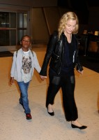 Madonna arrives at JFK airport New York - destination London (27)