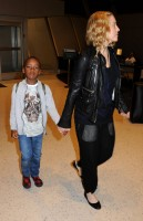 Madonna arrives at JFK airport New York - destination London (29)