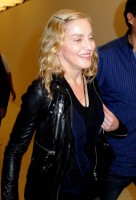 Madonna arrives at JFK airport New York - destination London (36)