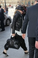 Madonna arrive au Ritz de Paris, France (3)