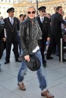 Madonna arrving back at the Ritz hotel, Paris (1)