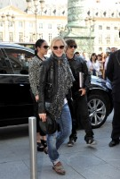 Madonna arrving back at the Ritz hotel, Paris (5)