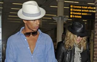 Madonna arrives at St Pancras Eurostar Station, London (7)