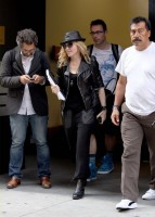 20110805-pictures-madonna-business-meeting-new-york-01