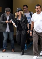 20110805-pictures-madonna-business-meeting-new-york-06