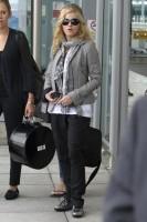Madonna, ses enfants et Brahim Zaibat à l'aéroport d'Heathrow, Londres (1)