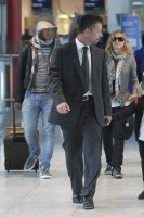 Madonna, ses enfants et Brahim Zaibat à l'aéroport d'Heathrow, Londres (19)