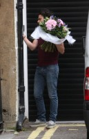 20110817-news-pictures-madonna-birthday-flowers-02