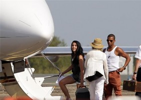 Madonna and family boarding private plane at the Biarritz airport, France (5)
