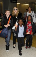Madonna at JFK airport, New York (3)