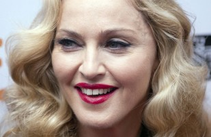 Madonna at the Toronto International Film Festival, 12 September 2011 (6)