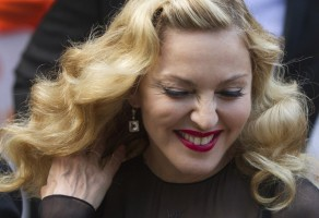 Madonna at the Toronto International Film Festival, 12 September 2011 (7)