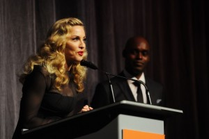 Madonna at the Toronto International Film Festival - Red Carpet, 12 September 2011 - Update 3 (33)