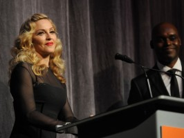 Madonna at the Toronto International Film Festival - Red Carpet, 12 September 2011 - Update 3 (38)