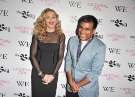 Madonna at the Green Room of TIFF, 12 September 2011 (4)