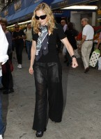 Madonna out and about in New York, 13 September 2011 (10)