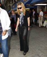 Madonna out and about in New York, 13 September 2011 (13)
