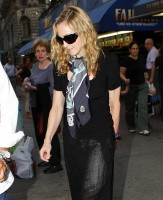 Madonna out and about in New York, 13 September 2011 (14)