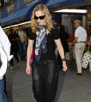 Madonna out and about in New York, 13 September 2011 (16)